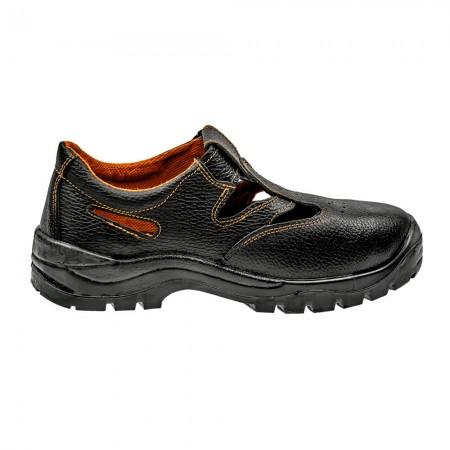 ab1235b824 Pracovné sandále 44
